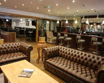 Westone Manor Hotel - Northampton - Bar