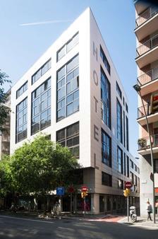 Catalonia Barcelona 505 - Barcelona - Building