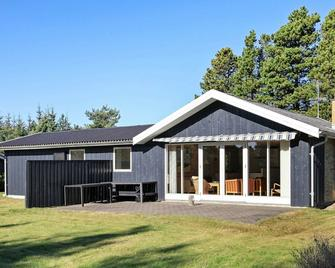 Modern Holiday Home In Saeby Near Sea - Sæby - Gebäude