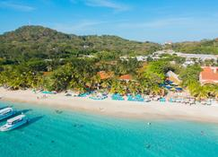 Mayan Princess Beach & Dive Resort - Coxen Hole - Strand