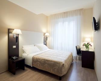 Hotel Aurora - Pavia - Slaapkamer