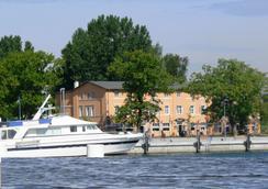 Hafenhotel Viktoria - Putbus
