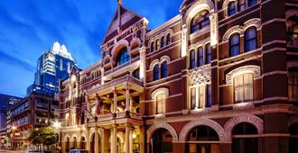 The Driskill - in The Unbound Collection by Hyatt - Austin - Edificio