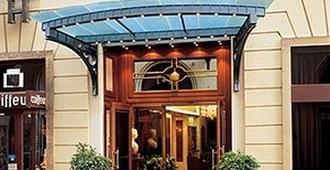 Hotel Kaiserin Elisabeth - Viena - Edificio