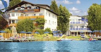 Barry Memle Directly at the Lake - Velden am Wörthersee - Bâtiment