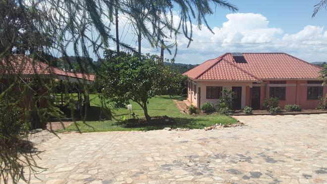 Nakoosi Eco Lodge & Backpackers - Mukono