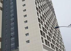 Sokcho Daemyeong Samsung Home Prestige Pension - Sokcho - Building