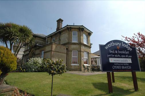Westbury Lodge - Shanklin - Building