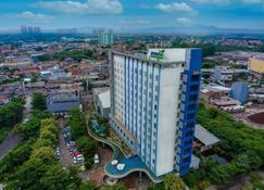 Primebiz Cikarang - Bekasi - Edificio