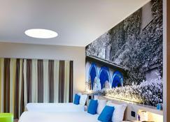 B&B Hotel Como - Como - Phòng ngủ