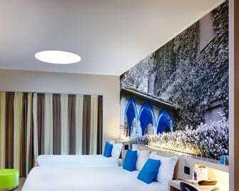 B&B Hotel Como - Como - Ložnice
