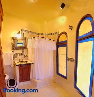 Posada Los Alcatraces - Atlixco - Bathroom