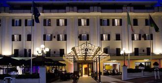 Le Fonti Grand Hotel - Chianciano Terme - Edificio