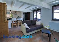 Suites Residences Spa - Colmar - Living room