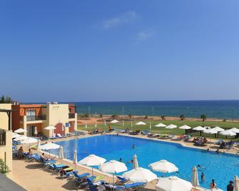 Panas Holiday Village - Ayia Napa - Pool