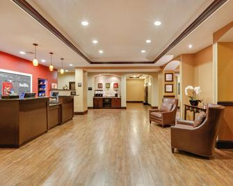 Hampton Inn & Suites Fort Worth/Forest Hill - Forest Hill - Лоббі