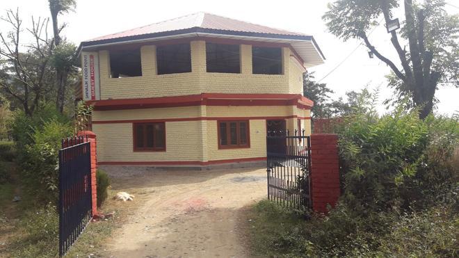 Shivalik Guest House - Kāngra - Building