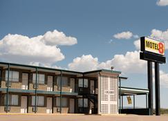 Motel 8 Laramie - Laramie - Edificio