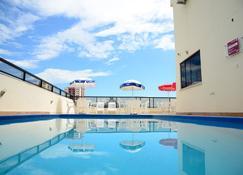 River Park Hotel - Resende - สระว่ายน้ำ