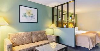 威廉斯堡中央優質套房旅館 - 威廉斯堡 - 威廉斯堡(弗吉尼亞州) - 臥室