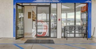 Motel 6 Coos Bay - Coos Bay - Edificio