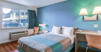 Motel 6 Coos Bay - Coos Bay - Bedroom