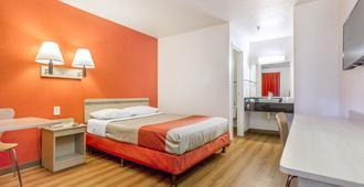 Motel 6 Phoenix West - פיניקס - חדר שינה