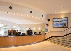 htop Caleta Palace - Platja d'Aro - Front desk