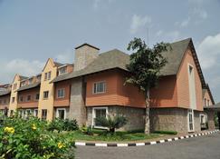 Leola Hotel - Lagos - Building