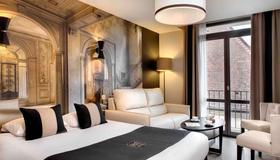 Hôtel des Ducs - Dijon - Chambre