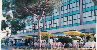 Haifa Bay View Hotel - Haifa - Toà nhà