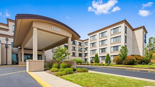 Best Western Executive Inn - Kenosha - Building