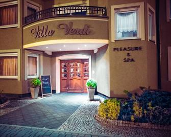 Villa Verdi Pleasure & Spa - Łeba - Building