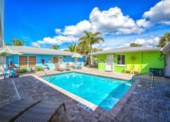 Siesta Key Beachside Villas - Siesta Key - Pool