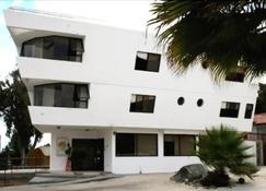 Hotel Blanco Encalada - Bahía Inglesa - Edificio