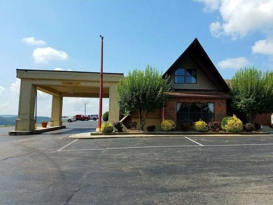 Baymont by Wyndham Cookeville - Cookeville - Κτίριο
