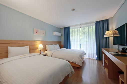Benikea Swiss Rosen Hotel - Gyeongju - Bedroom