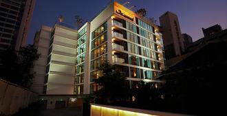 Oakwood Residence Sukhumvit 24, Bangkok - Bangkok - Edificio