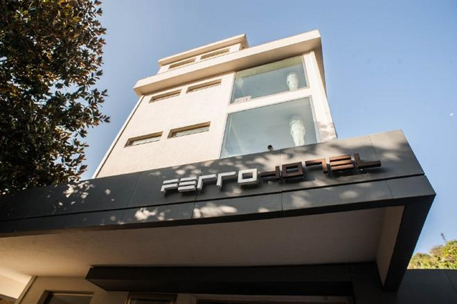 FerroHotel - Modica - Building
