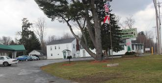 The Evergreen Motel - Oswego