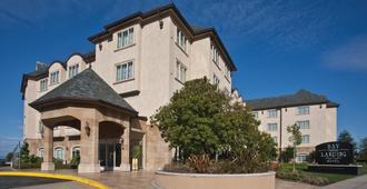 Bay Landing Hotel - Burlingame