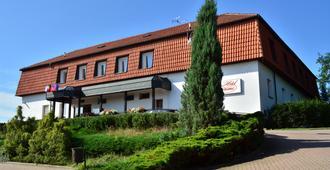 Hotel Panorama - Plzeň - Rakennus