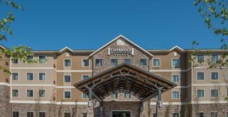 Staybridge Suites Anchorage - Anchorage - Building