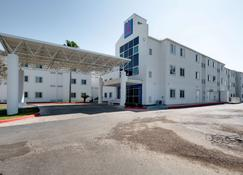 Motel 6 Brownsville, TX - Brownsville - Building