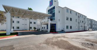 Motel 6 Brownsville, TX - Браунсвилл - Здание