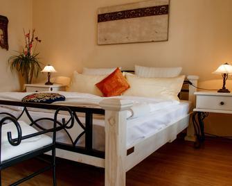 Wellness-Villa-Miramar - Sellin - Bedroom
