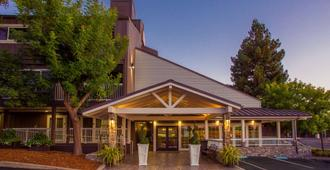Best Western Plus Inn at The Vines - Napa - Rakennus