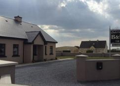 Dale View - Doolin - Outdoors view