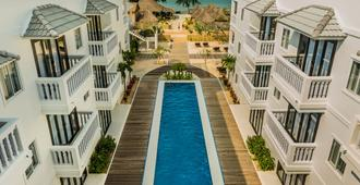 Mary Beach Hotel and Resort - Сиануквиль