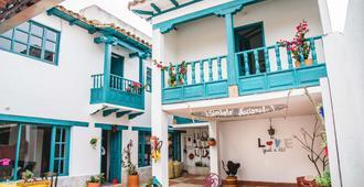 Hostal Tourist Home - וילה דה ליבה